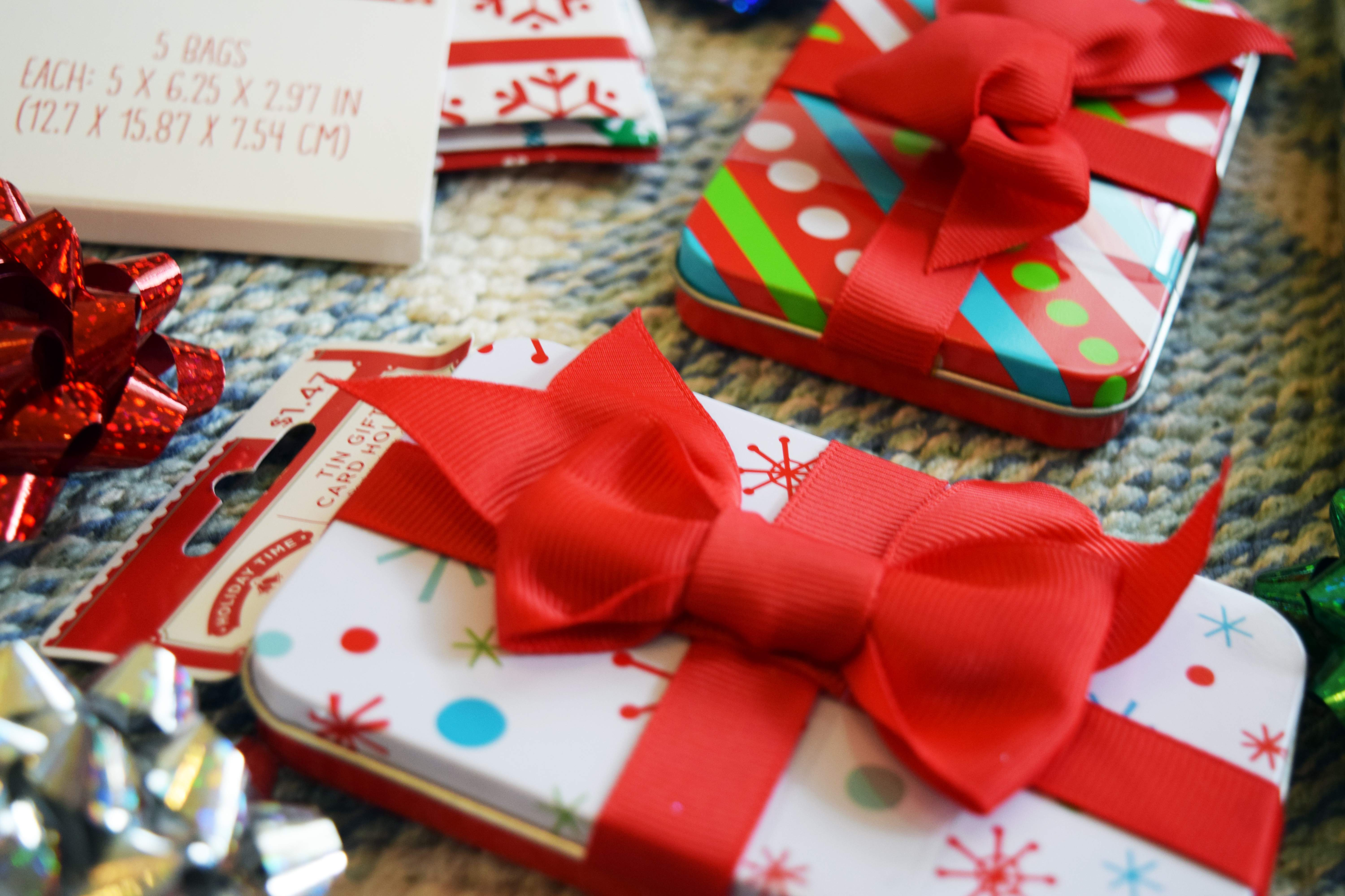 GIft Wrapping Party Fun