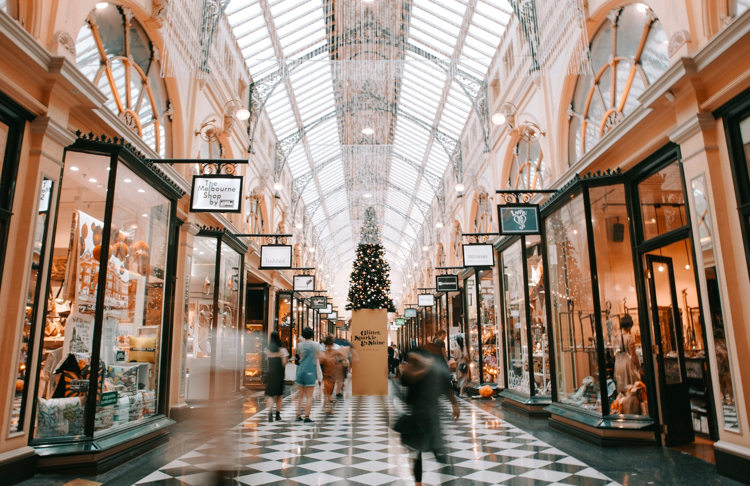 The Holiday Shopping Hack That Earns You Money