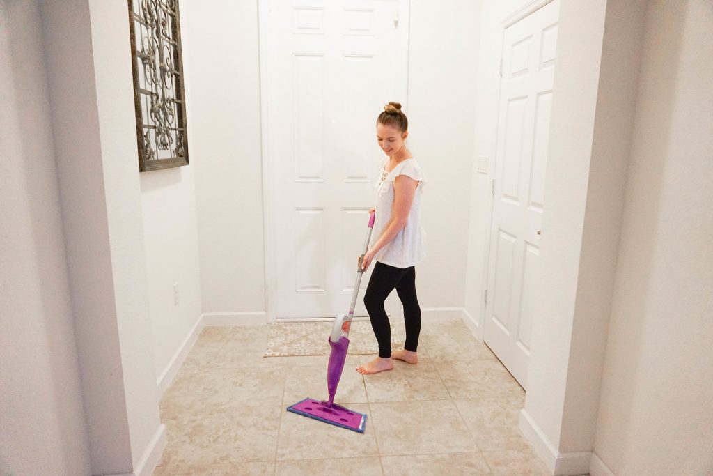 how to clean up your house quickly