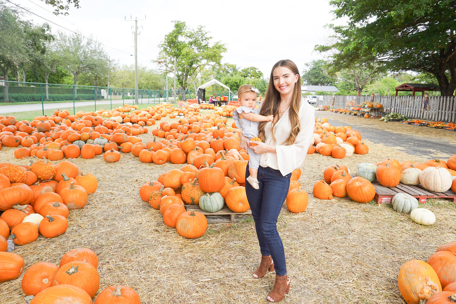 pumpkin patch pictures-2