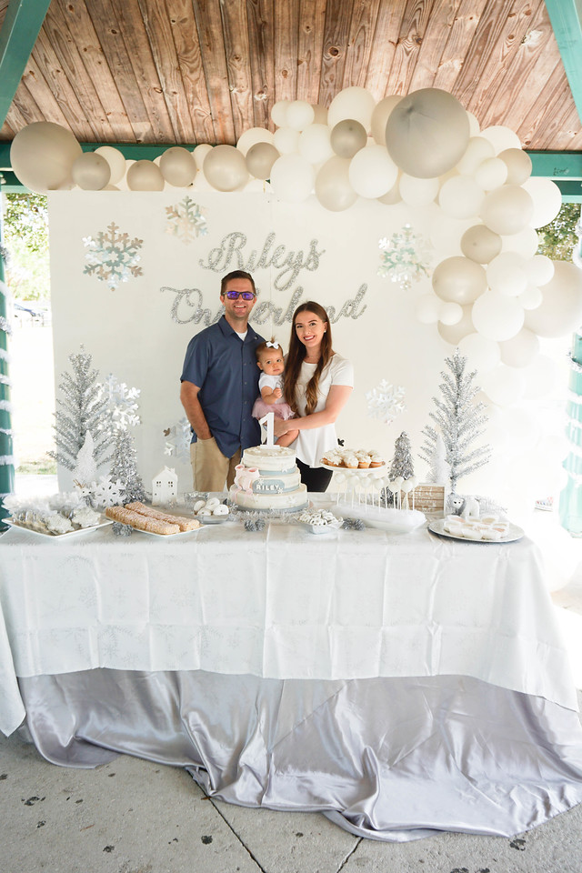 baby's-first-birthday-party